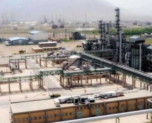 ساخت پالایشگاه نفت و کارخانه الفین